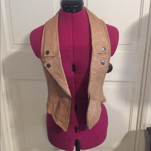 Moda international leather vest